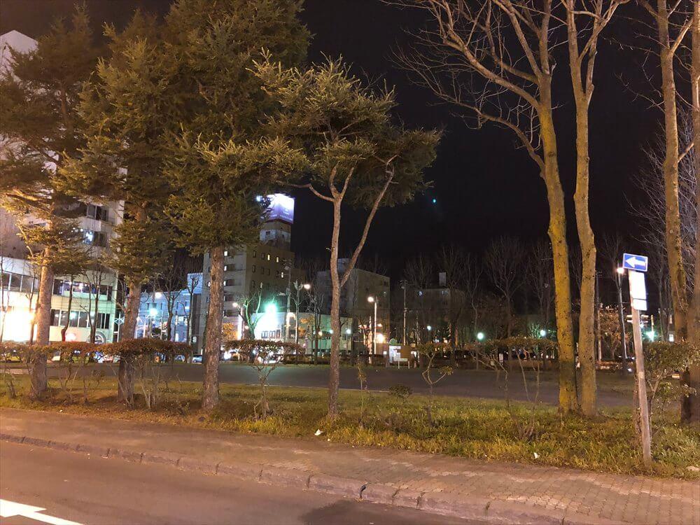 釧路の繁華街にある公園