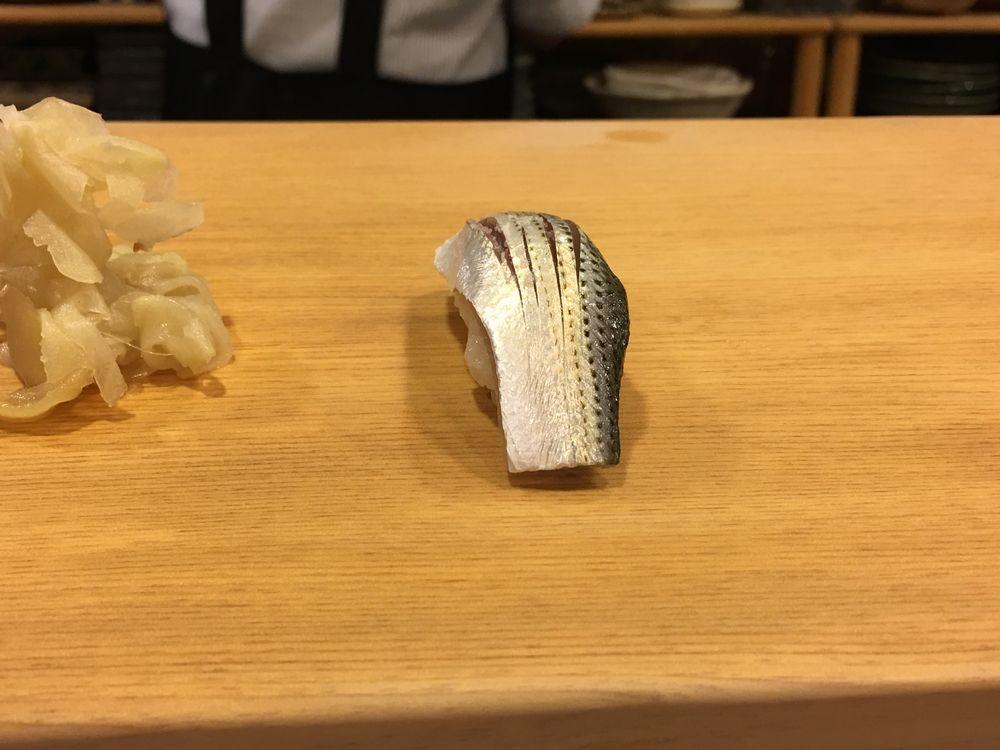 京都のすし処 満のコハダ