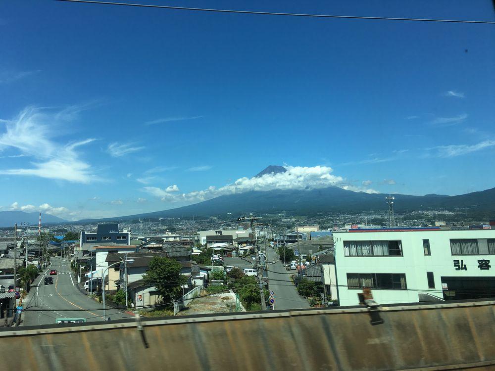 のぞみ225号から富士山