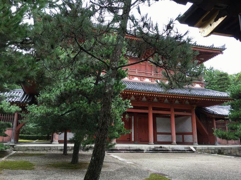 大徳寺山門の「金毛閣」