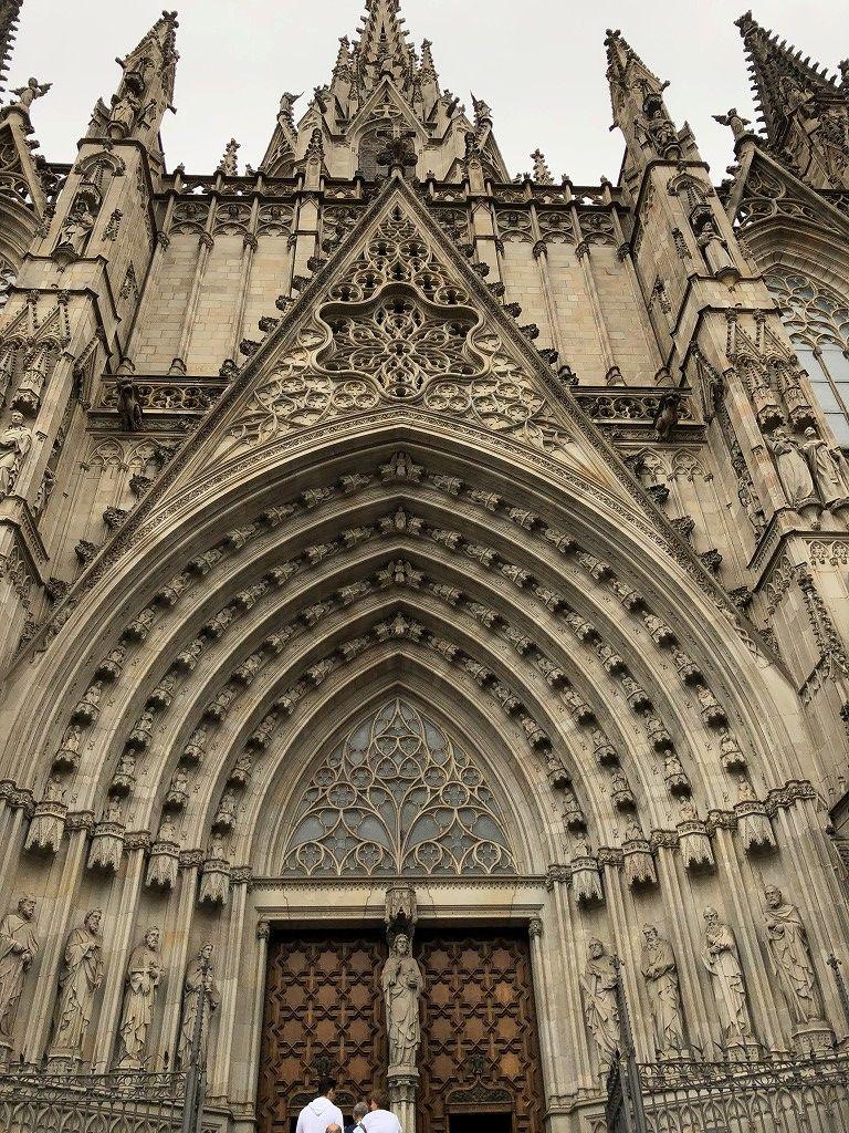 サンタ・エウラリア大聖堂の外観2