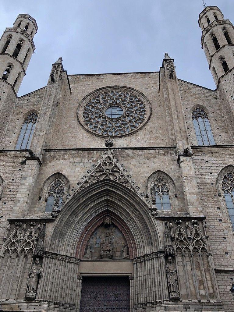 サンタ・マリア・ダル・マル教会の外観1