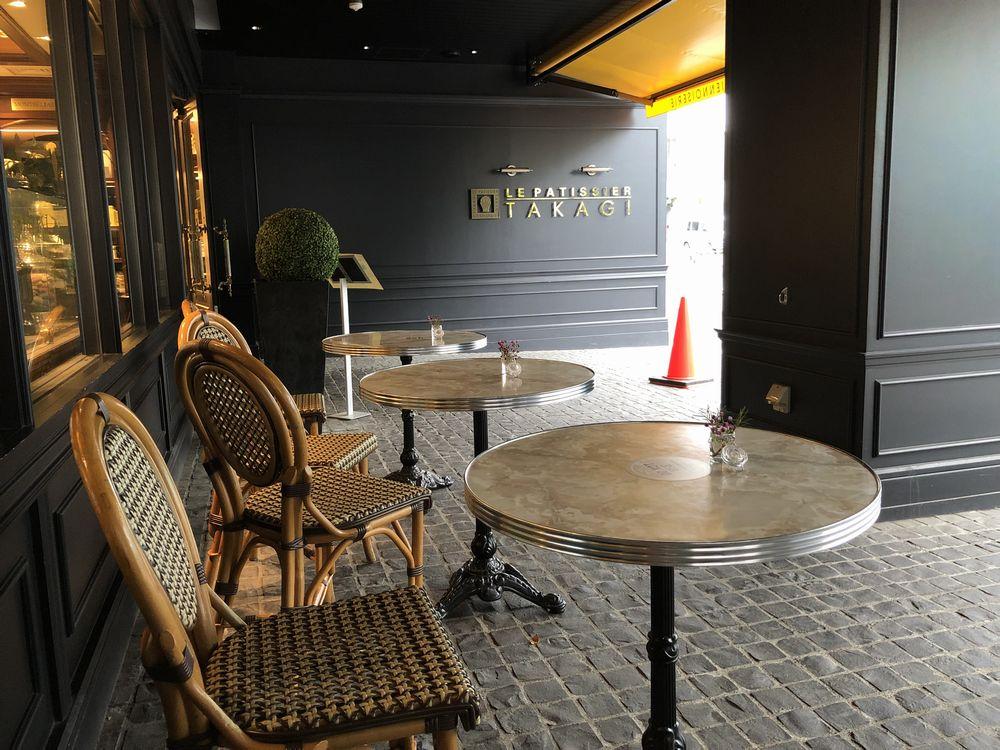 駒沢のル パティシエ タカギ 本店のテラス席