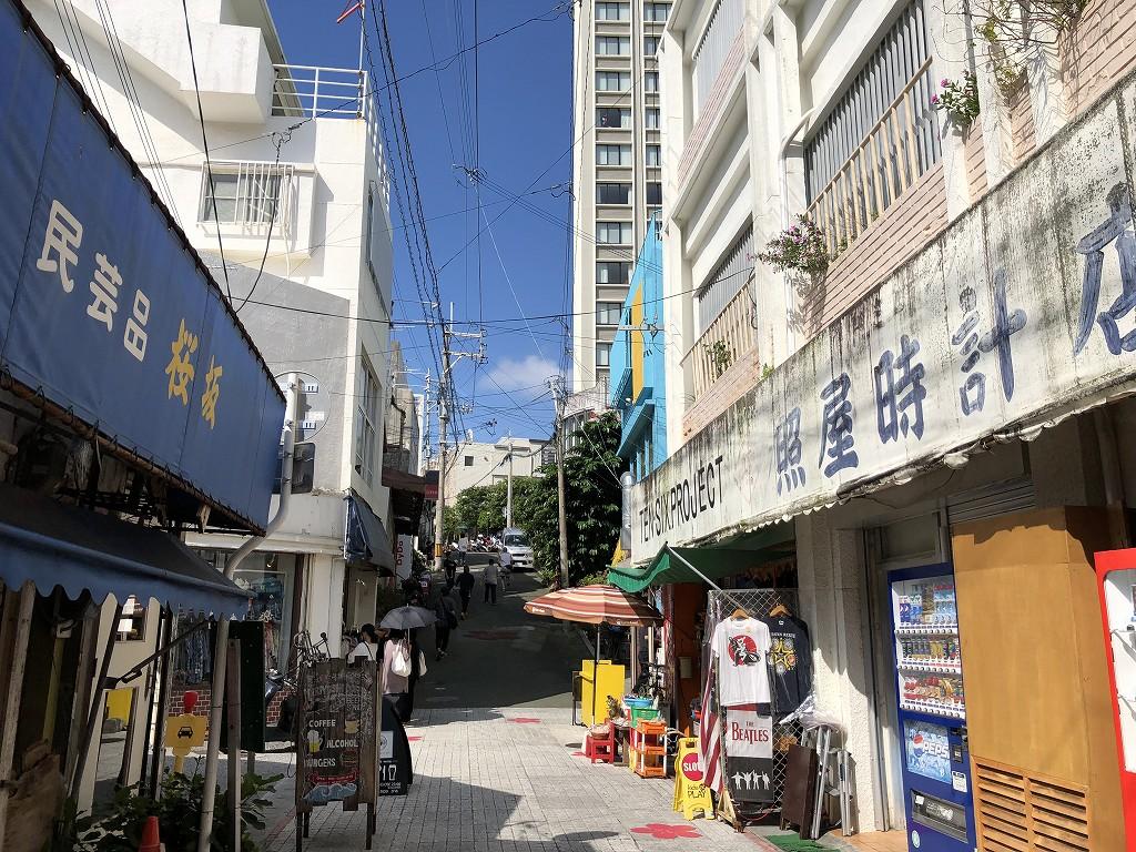 那覇の桜坂1