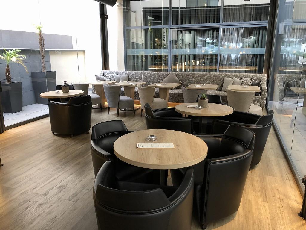 ACホテル・シウタット・デ・パルマの朝食会場2