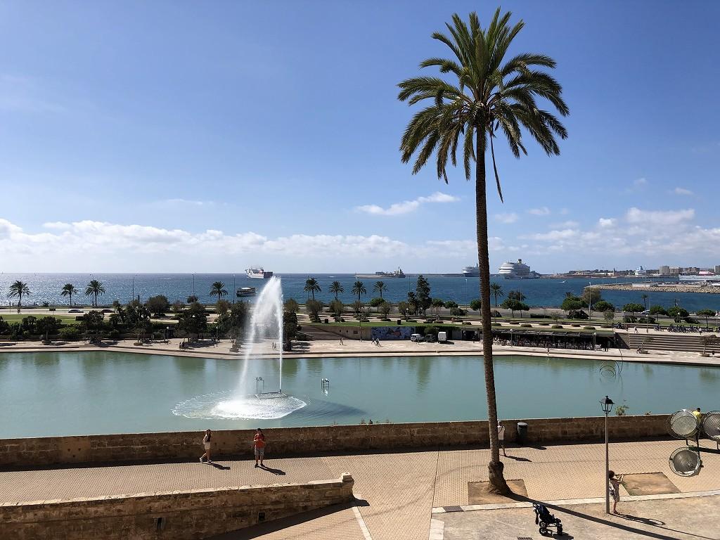 マヨルカ大聖堂から港の眺め2