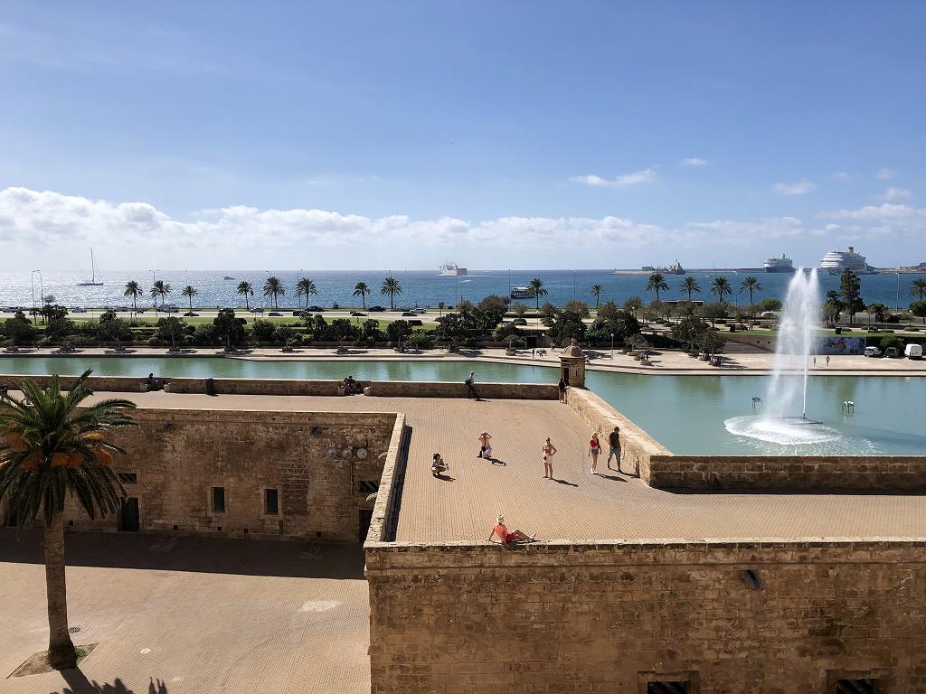 マヨルカ大聖堂から港の眺め3