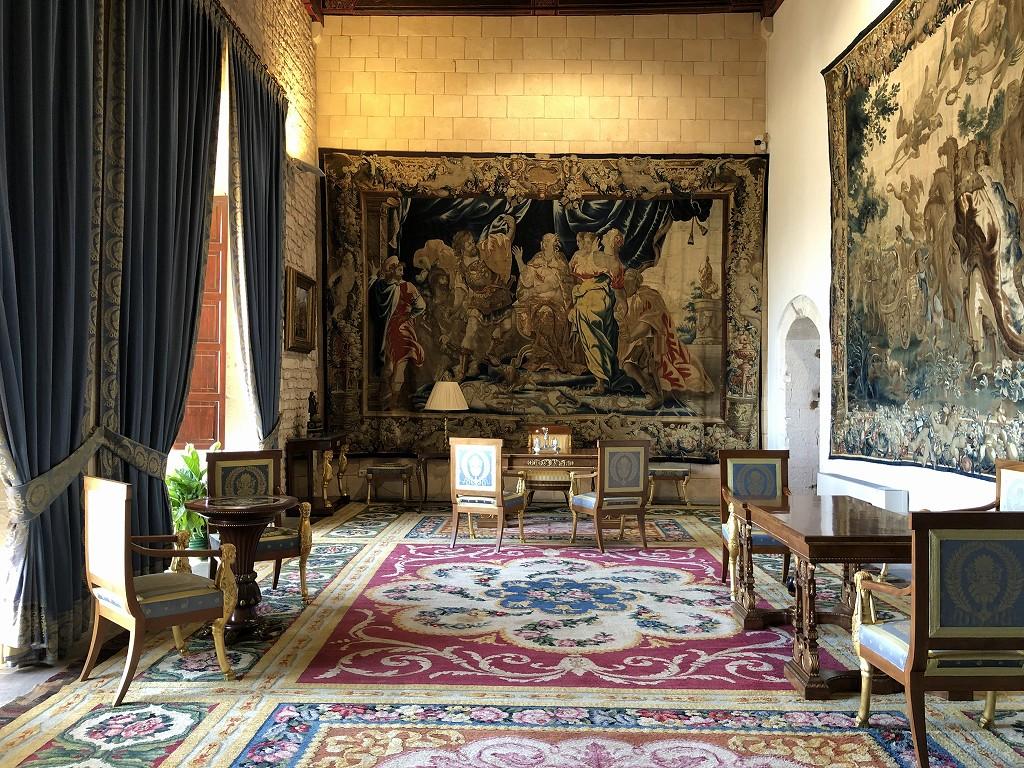 アルムダイナ宮殿の女王の書斎