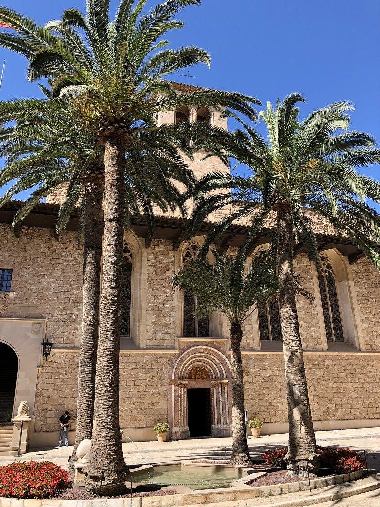 アルムダイナ宮殿の中庭1