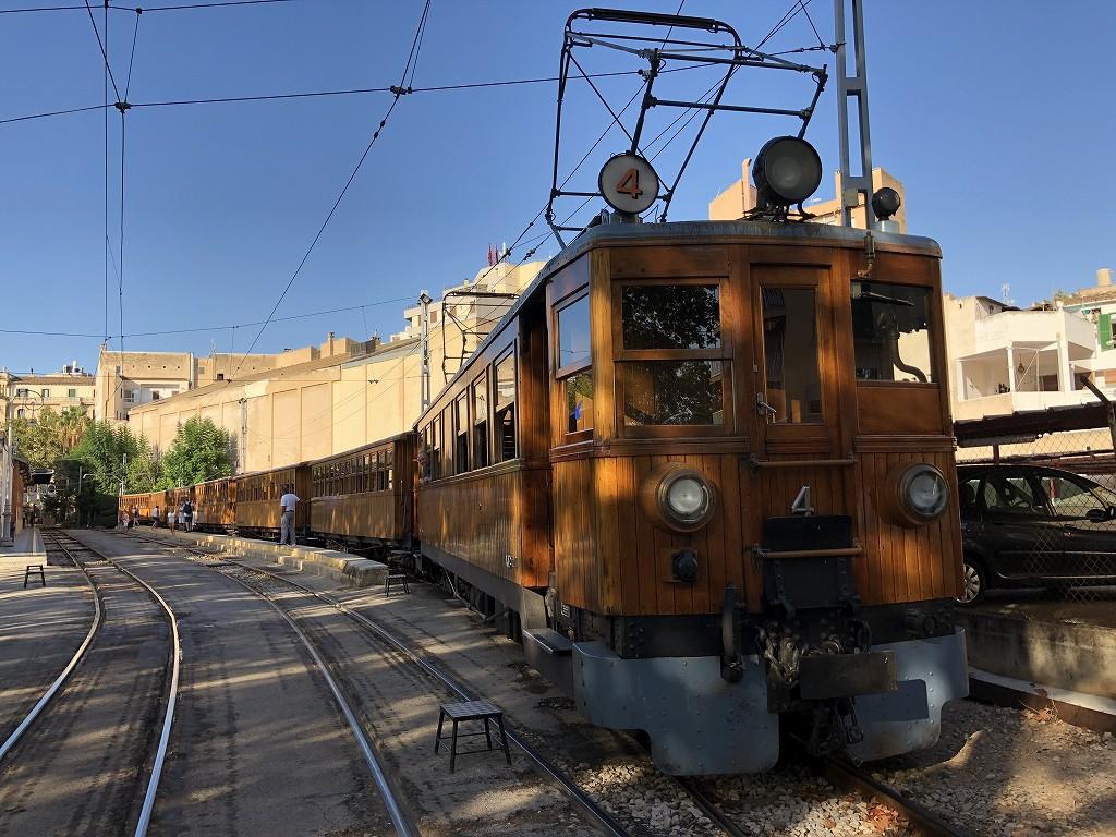 パルマ・デ・マヨルカのソーイェル鉄道の列車4