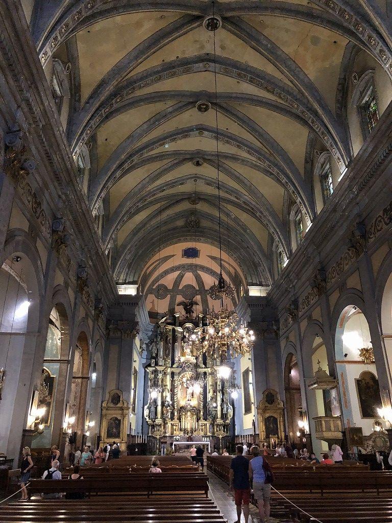 ソーイェル大聖堂の内観1