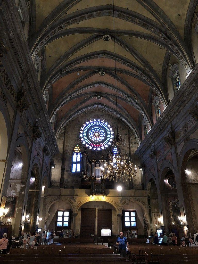 ソーイェル大聖堂の内観2