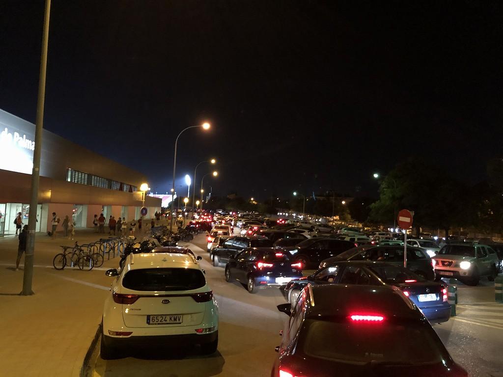 エスタディ・デ・ソン・モイシュの帰りの渋滞