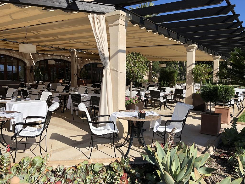 セントレジス・マルダバル・マヨルカリゾートのアクアレストランの内観4