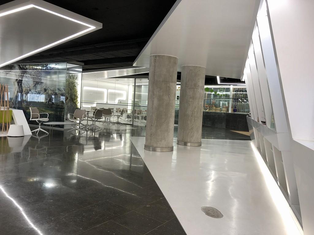 パルマ・デ・マヨルカ空港のSALA VIPラウンジ Formentorの内観1