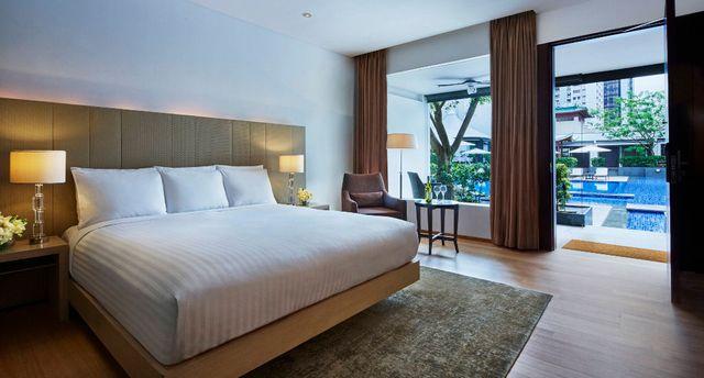 シンガポール マリオット タン プラザ ホテルのスイートルーム