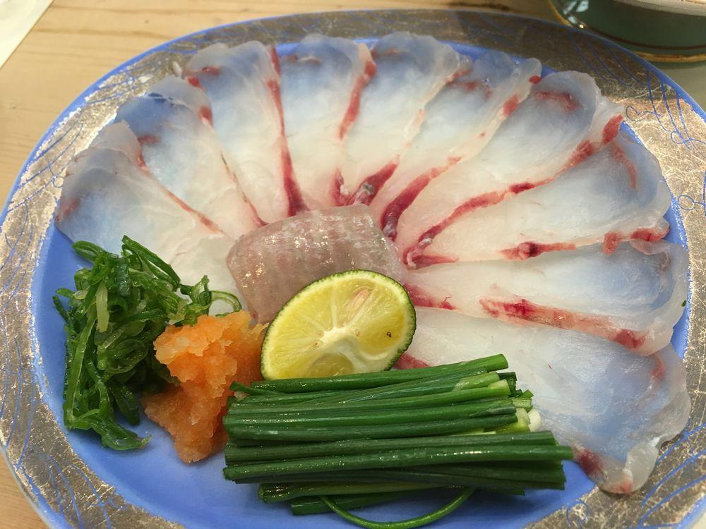 松江の呉竹鮨のヒラメ刺し