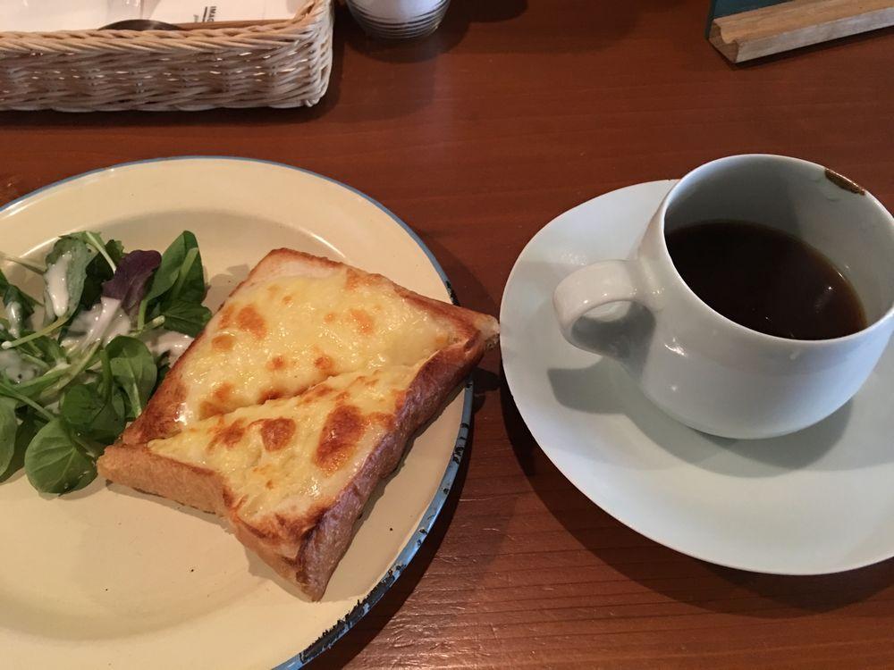 松江のイマジン.珈琲店のトースト・チーズ