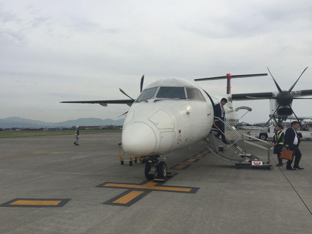 JAC3601松山空港到着画像