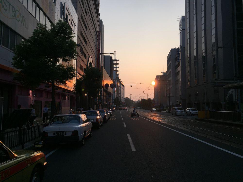 松山の夕暮れ