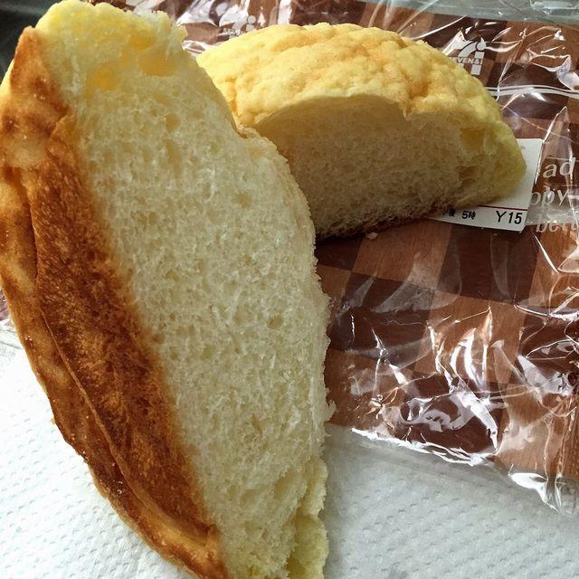 セブンイレブンのこだわり小麦のメロンパンの断面