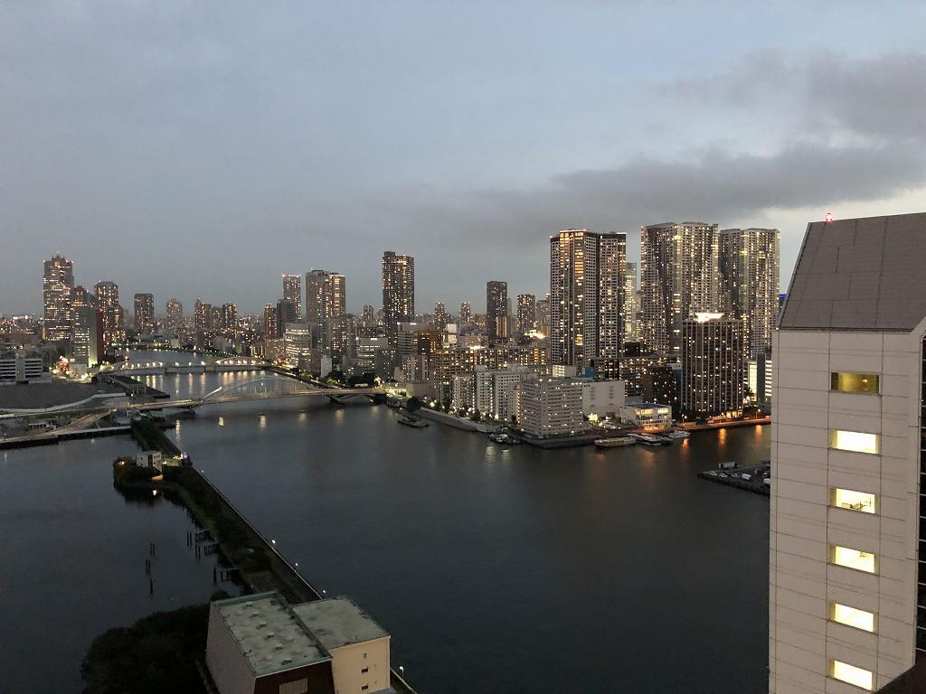 メズム東京のチャプター2、ガーデンビューからの夕景1