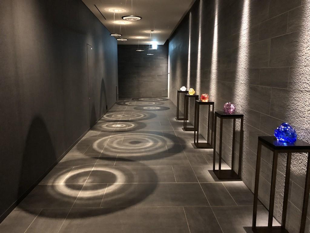 三井ガーデンホテル豊洲ベイサイドクロスの車寄せからエレベーターホールへ