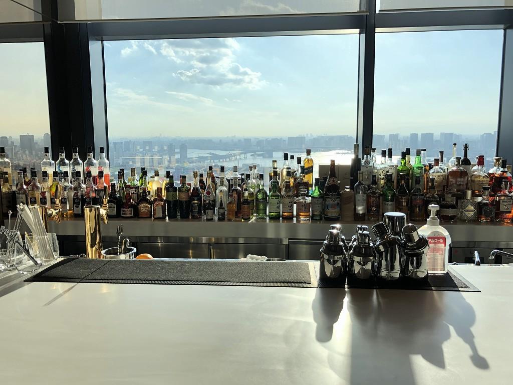 三井ガーデンホテル豊洲ベイサイドクロスのロビーバーからの眺め