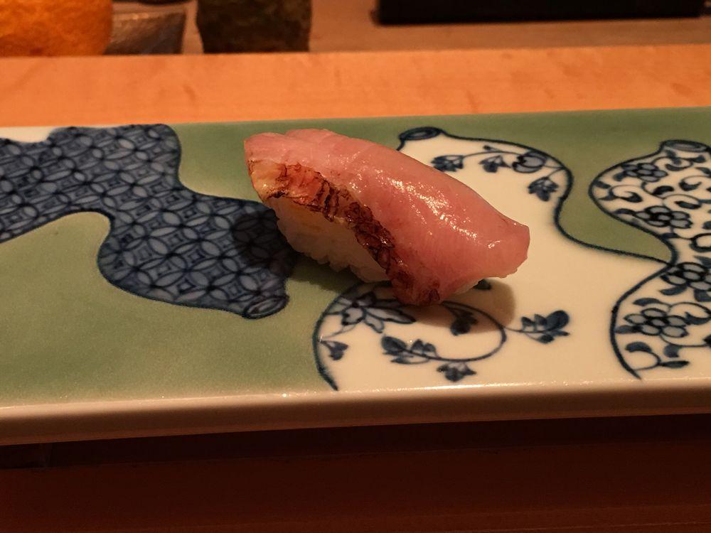 一心鮨光洋の鯛の握り