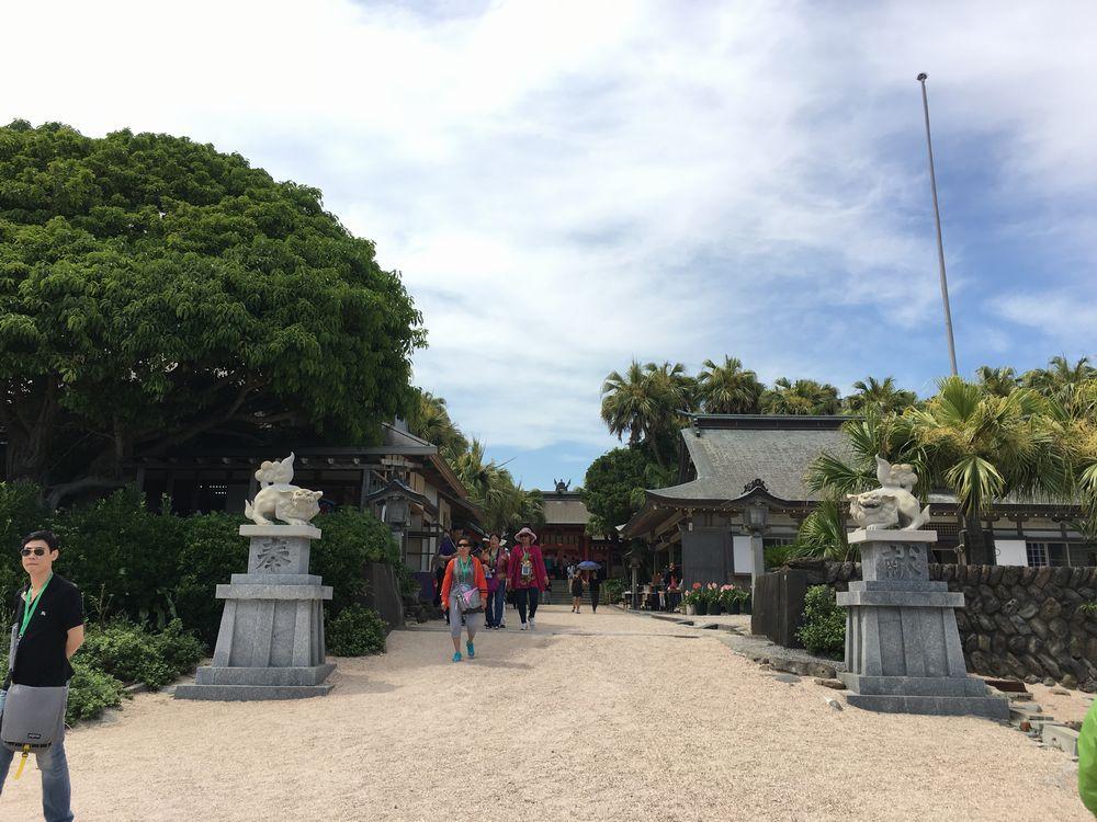 青島神社の入り口