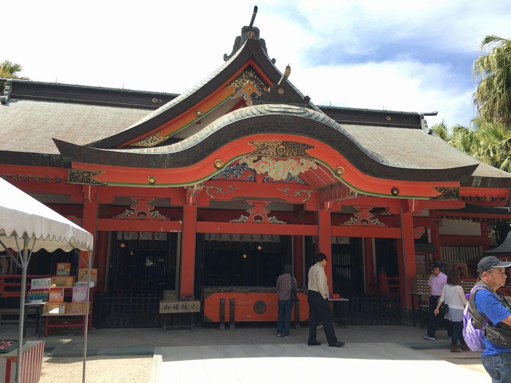 青島神社の拝殿