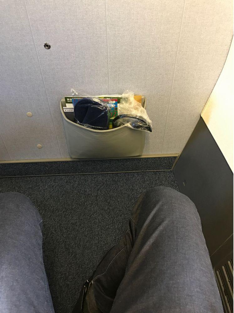 ANA603便の1K席