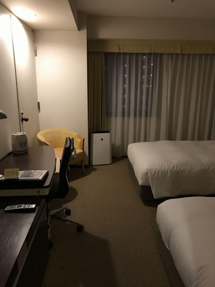 ホテルJALシティ宮崎(禁煙シングル)のデスク側