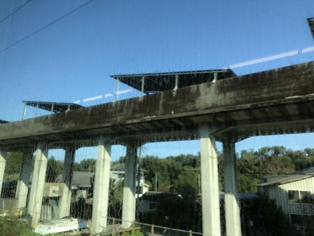 宮崎県のリニア実験線の跡地のソーラーパネル1