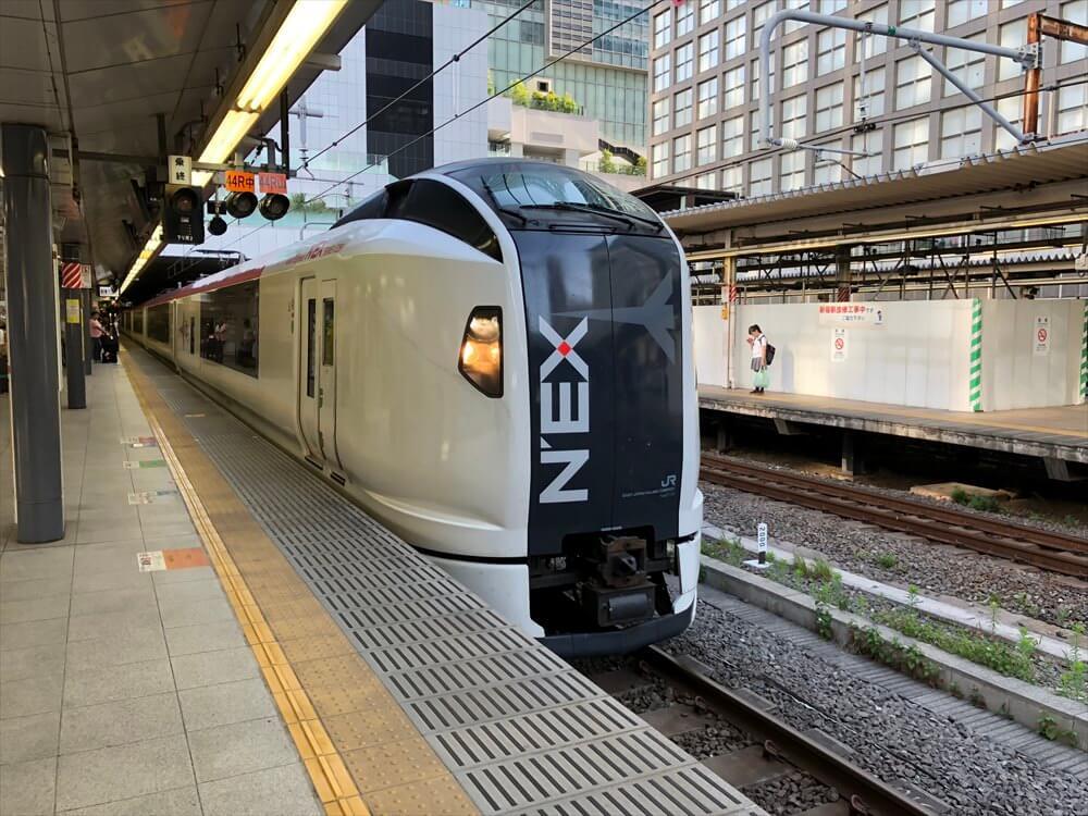 新宿駅の成田エクスプレス