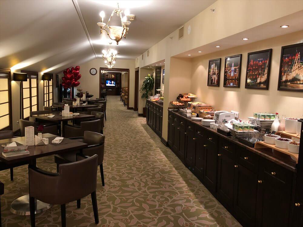 モスクワ マリオット ロイヤル オーロラ ホテルの空いたラウンジ1