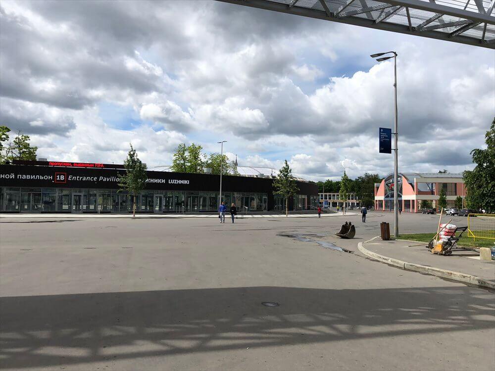 Sportivnaya駅からLuzhniki駅方面3
