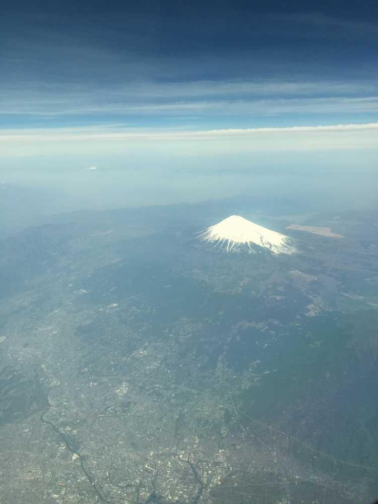 NH621から見えた富士山画像