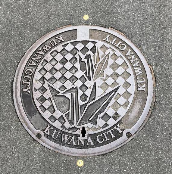 桑名市のマンホールのデザイン