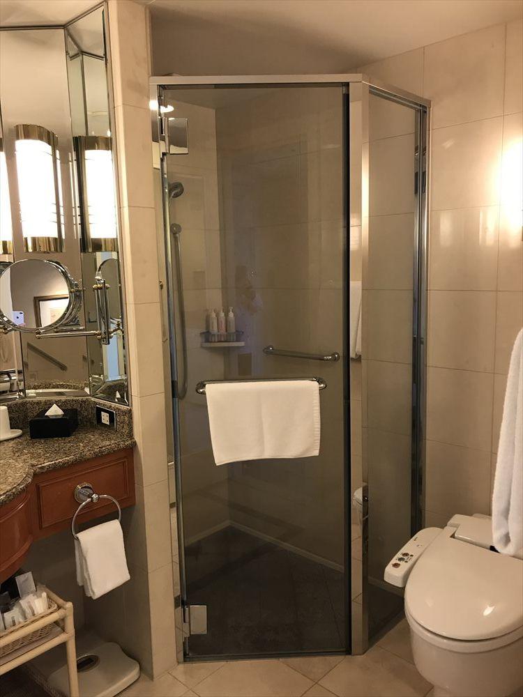 名古屋マリオットアソシアホテルのデラックスツインルーム(シャワールーム)