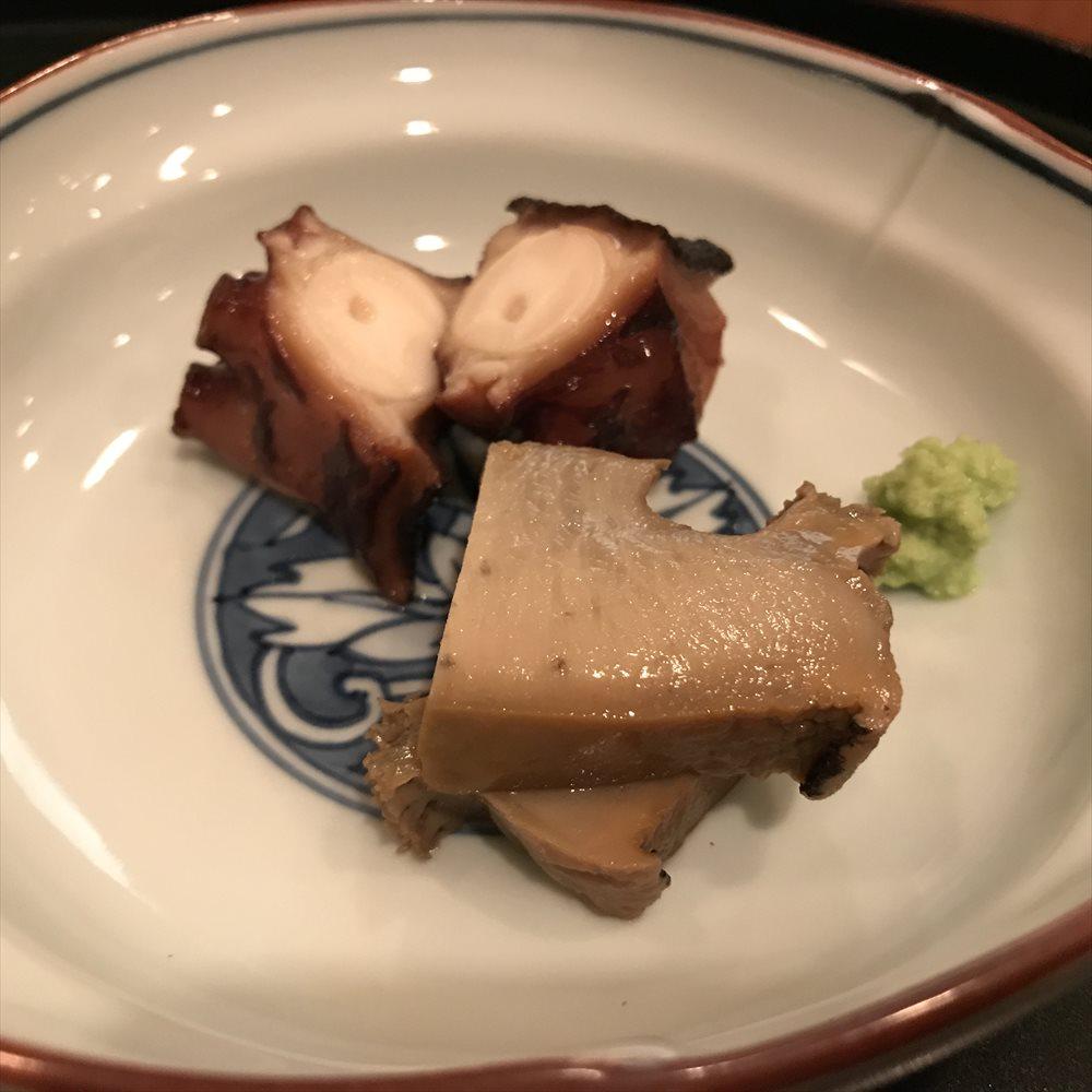 鮨 廣金の蒸し鮑