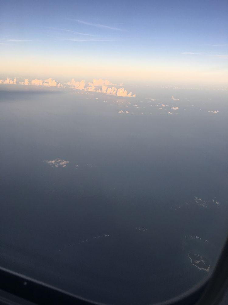 ANA474便から見た那覇の海