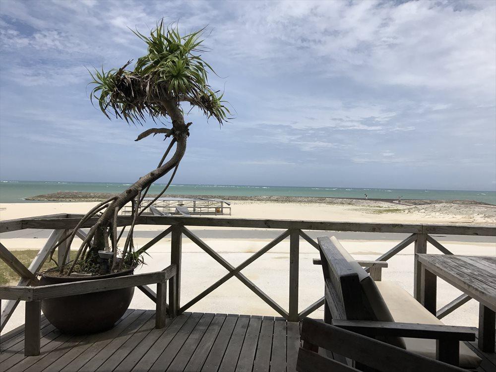 リゾートカフェカイから美らSUNビーチ2