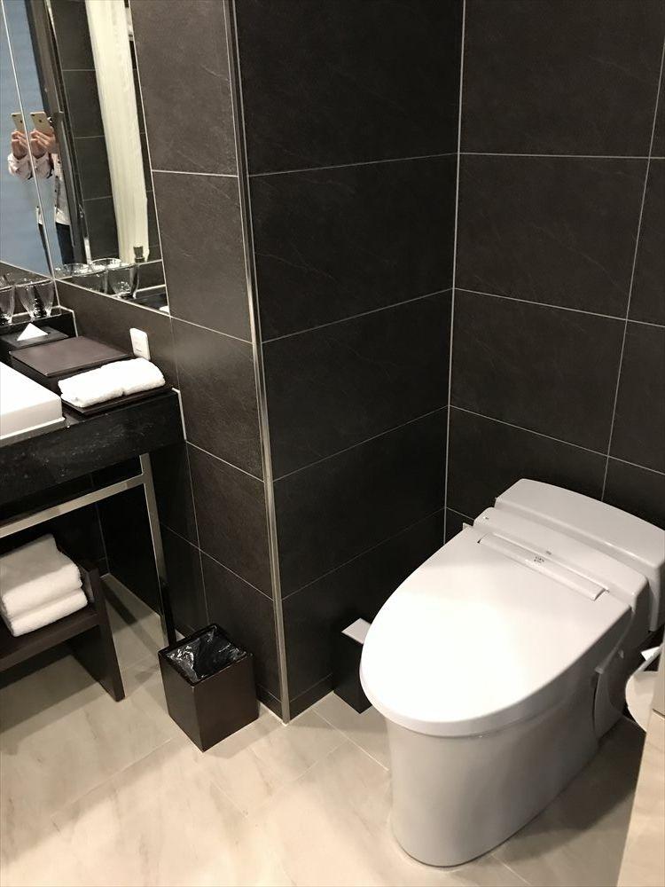 ハイアットリージェンシー那覇沖縄のツインルーム(トイレ)