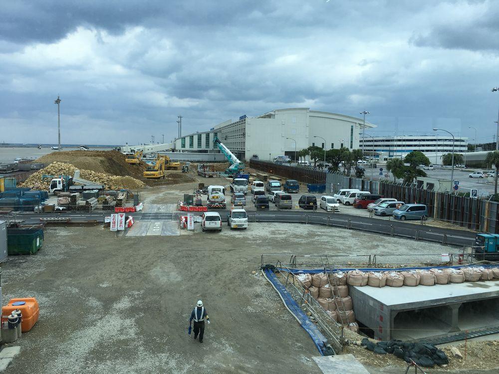 那覇空港の工事