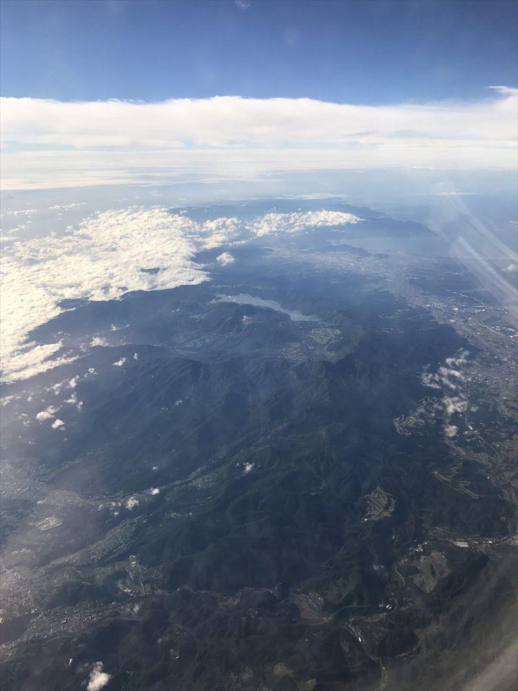 JAL231便から見た箱根・芦ノ湖