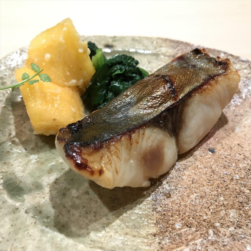 寿司 中川のサワラの焼き物