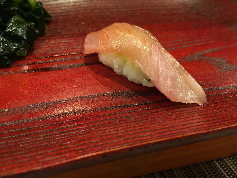 鮨匠のむら2日寝かせた歯鰹(寿司)画像