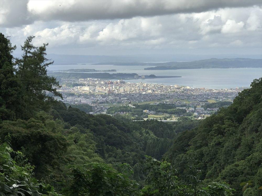 七尾城跡のパーキングからの眺め
