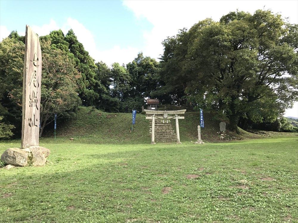 七尾城の本丸跡